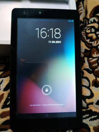 Планшет NextBook next761TDW- 3G полностью робочий.