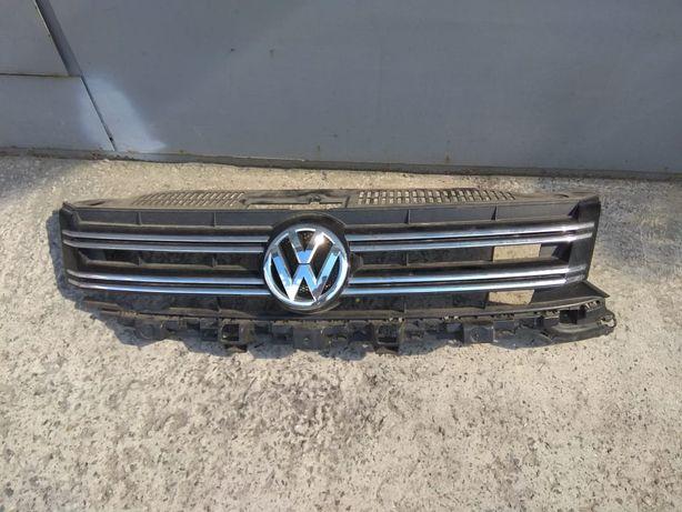Знак и полоски VW Tiguan 2012-2016