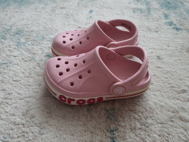 Crocs r.24 i sandalki H&M r23/24