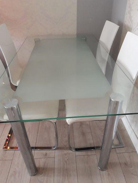Stół szklany plus 4krzesła