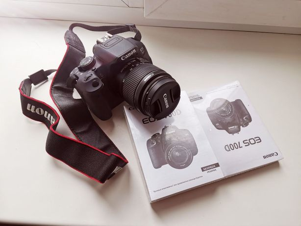 Фотоапарат Canon 700d