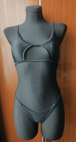 Wycięty strój dwuczęściowy sexi xxs XS na biust ab