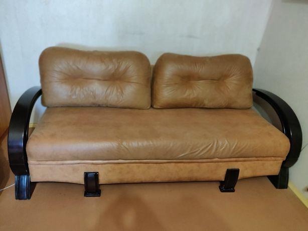 Крутой стильный диван еврокнижка под лазерную кожу