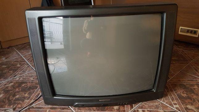 Telewizor z dekoderem do odbioru tv naziemnej