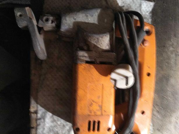 Продам електро ножницы