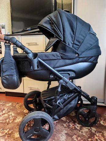 Детская коляска Bexa line черная 2 в 1