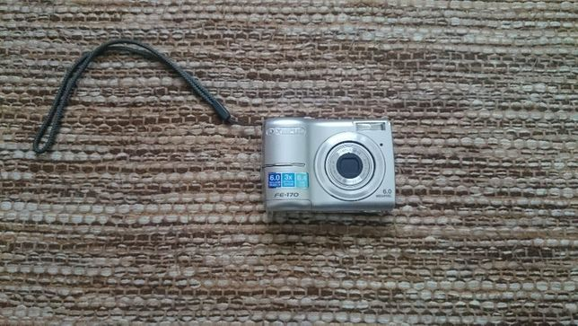 Câmara Fotográfica Olympus FE-170 6MP