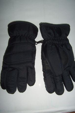 Rękawiczki narciarskie, nowe. Rozmiar L.