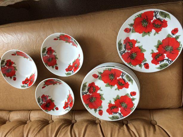 Набор тарелок обеденных