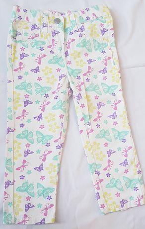 Nowe spodnie Lupilu. 86