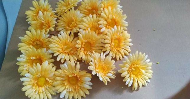 Gerbera mix sztuczne kwiaty kompozycja główka wyrobowa drucik