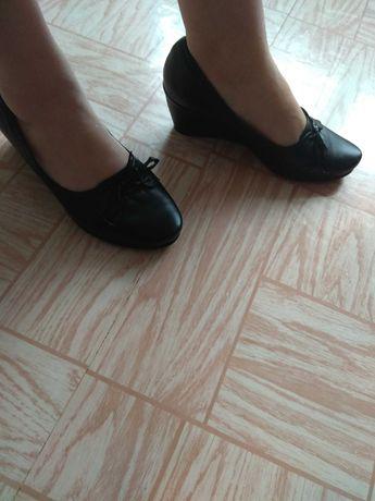Туфли женские,кожа
