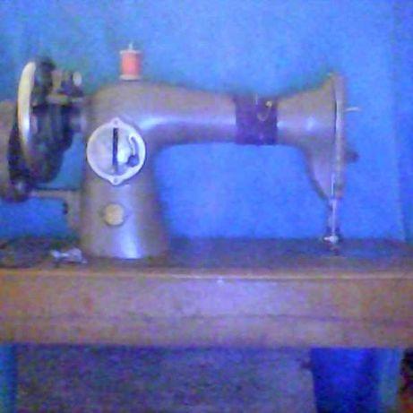 швейная машинка из советского союза
