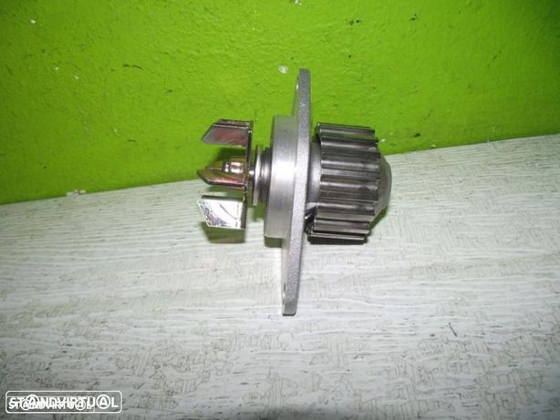 PEÇAS AUTO - Citroen Berlingo / Citroen Saxo - Bomba de Água - BBA4
