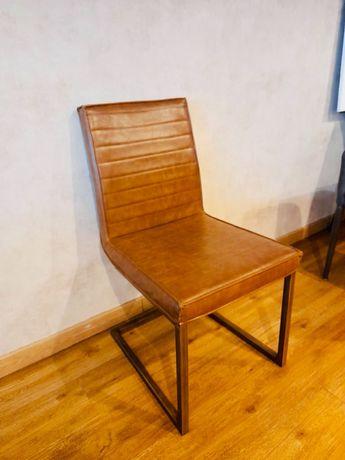 Cadeira pele sala de jantar