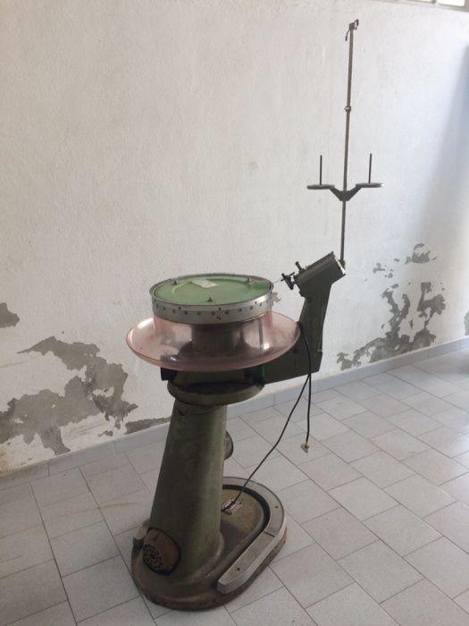 Máquina remalhadeira (malhas, costura, remalhar)