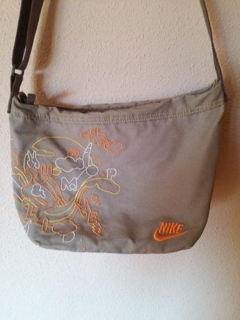 Nike torebka młodzieżowa na ramię