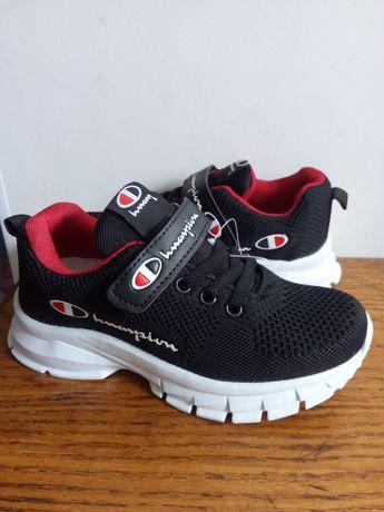 Распродажа! Детские кроссовки для мальчиков