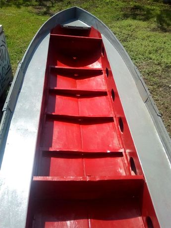 Продам лодку алюминиевую