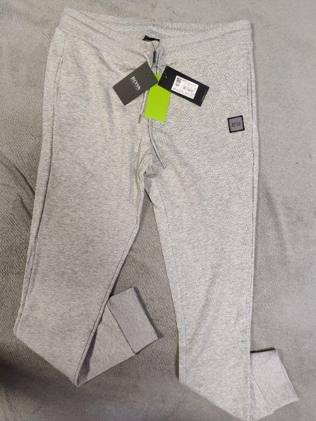 Spodnie Dresowe Hugo Boss Dresy Jasno Szare Wyszywane Outlet Premium