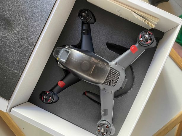 Nowy Dron DJI FPV + dodatki
