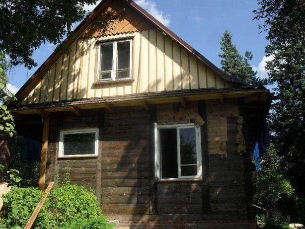 Płazy, belki, bale drewniane z rozbiórki domu drewnianego do złożenia.