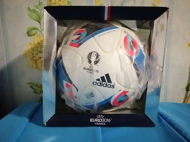 Мяч Adidas Euro 2016 оригинал.