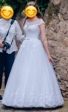 Свадебное платье , не венчанное