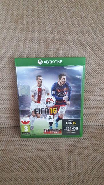 Gra FIFA 16 na XBOX One