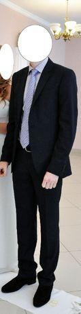 Мужской костюм (46) и туфли фирмы Arber (41)