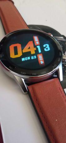 Smartwatch dt faz e recebe chamadas