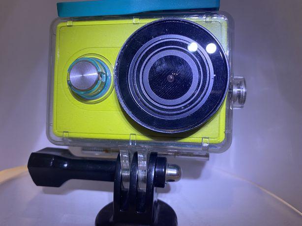 Экшен камера Xiomi