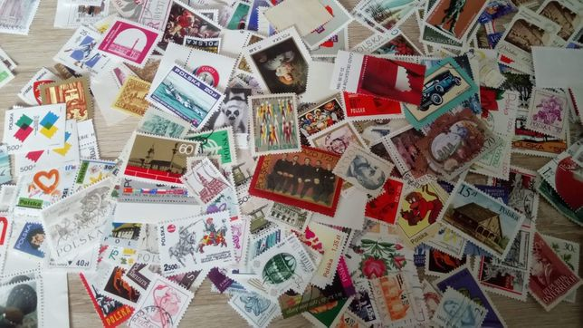 100 znaczków każdy inny
