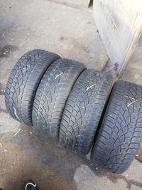 Opony zimowe 235/55R17 Dunlop Możliwa wysyłka lub montaż