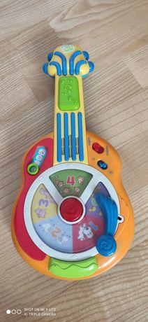 Gitara grająca w języku angielskim i francuskim