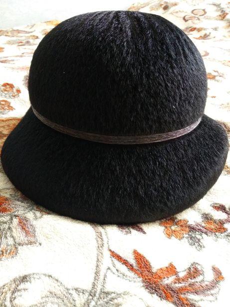 Шляпа женская фетровая 500 рублей