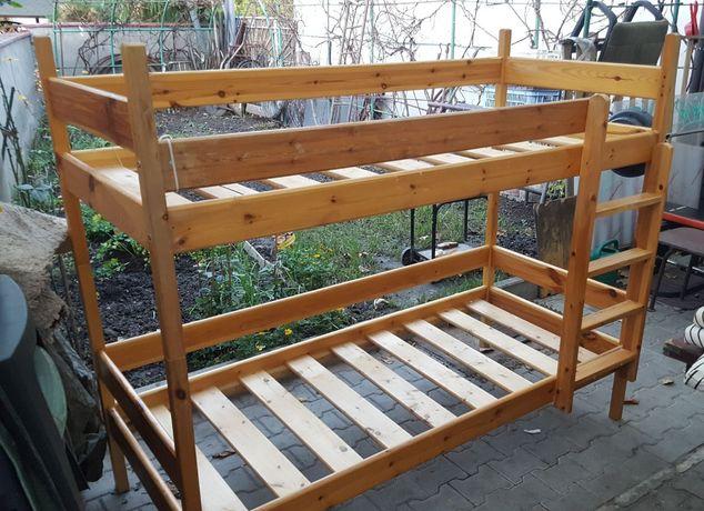 Solidne Drewniane Łóżko Piętrowe