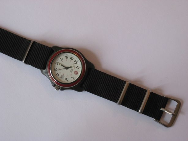 Продам часы Swiss Army (Швейцария)