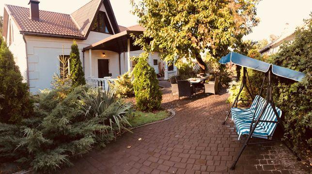 Уютный дом в Геническе на берегу Азовсокго моря, терраса, парковка