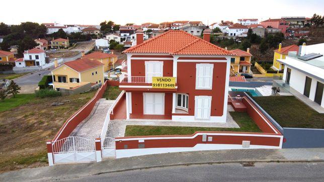Moradia T4 pronta a habitar a 5km da Praia Azul Torres Vedras