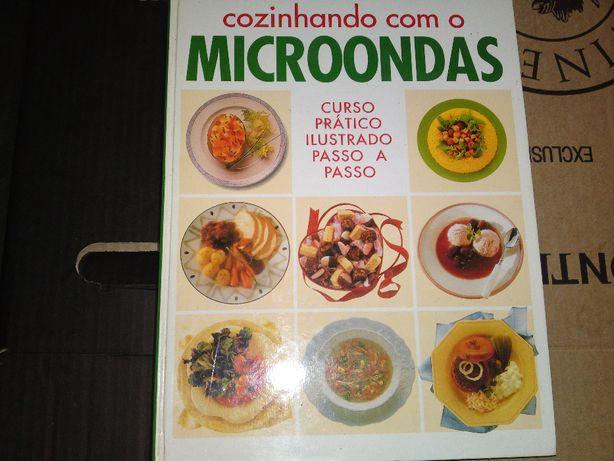 Livro cozinhando com o microndas