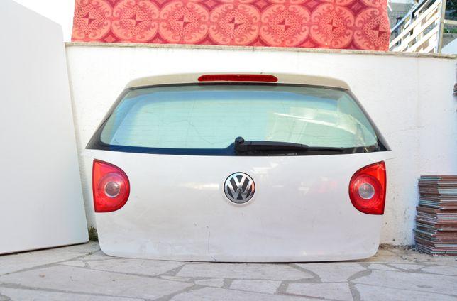 Porta da mala c/ Faróis VW Golf V