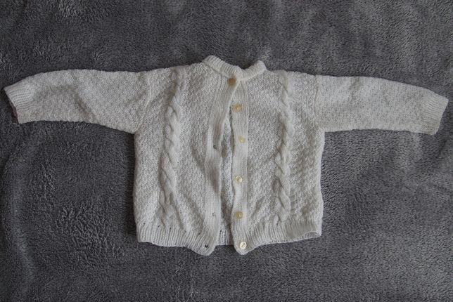 sweterek może być na chrzest