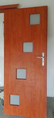 Drzwi wewnętrzne 80 prawe