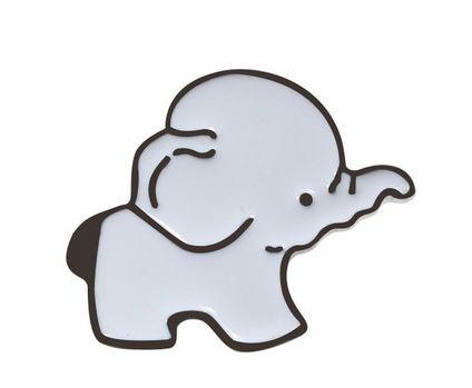 PIN WPINKA przypinka znaczek bialy słoń