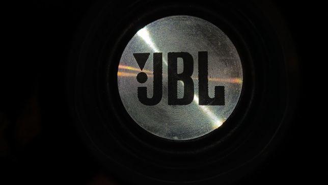 колонка jbl xtreme(видеокарта,телефон)