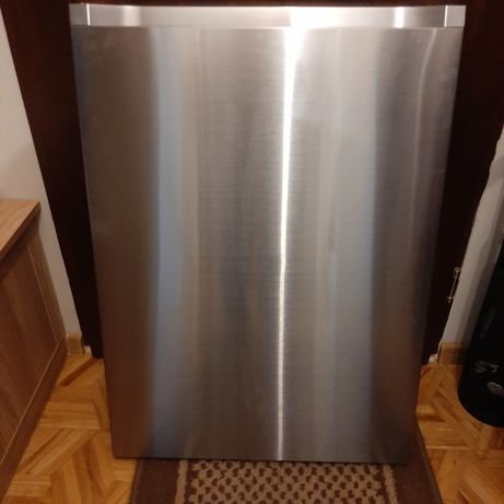 Dolne drzwi do lodówki Samsung model RB33J8797S4