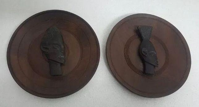 Pratos em Madeira Exótica/Figuras Pau Preto