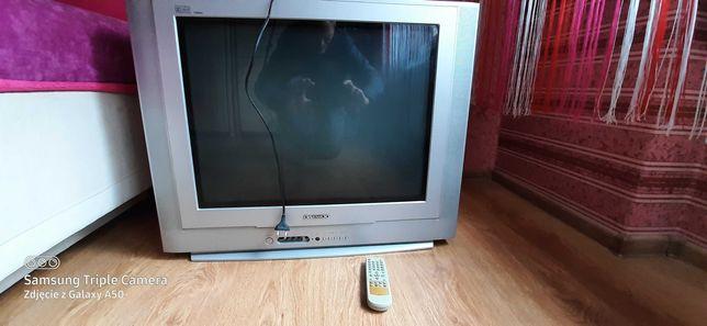 starszy dobry telewizor