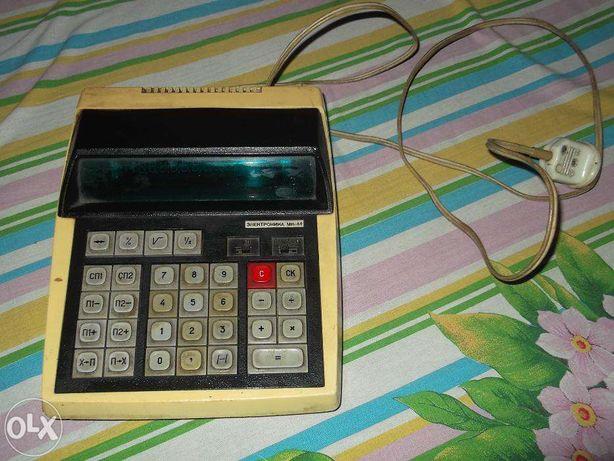 продам счетную машинку